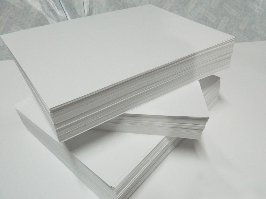 Óleo no papel sufit
